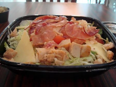 quiznos-honeyt-mustard-chix-salad
