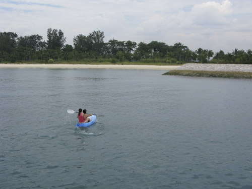 IMG_1410 - Wayne and Ailin off in the Kayak